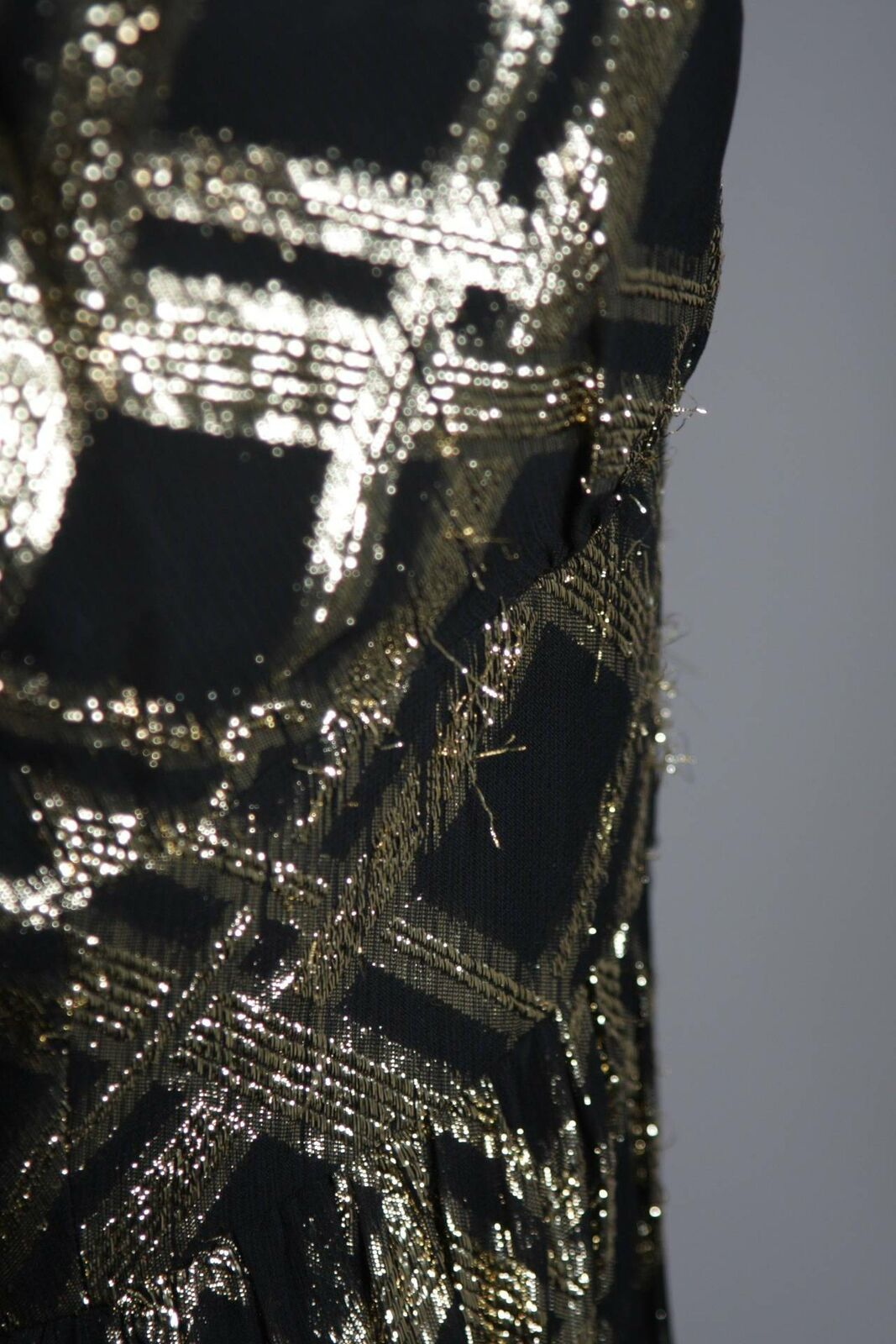 CEIL CHAPMAN Black Silk and Gold Cocktail Dress S… - image 9