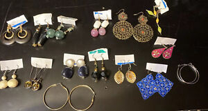 Lot-of-15-Pairs-of-Vintage-chunky-Earring-Goldtone-Silvertone-925-Pierced