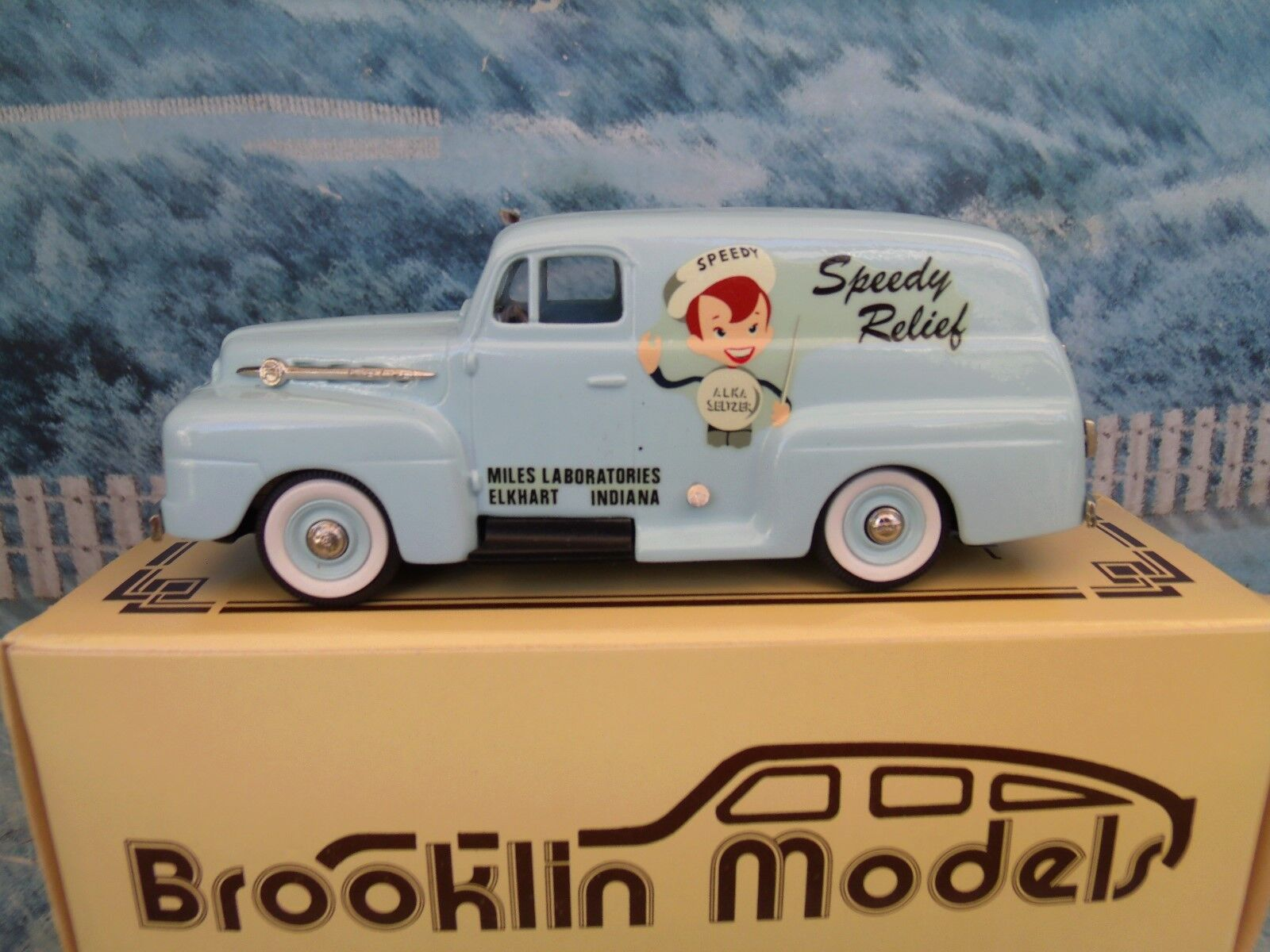 1 43 BROOKLIN MODELS (Angleterre) BRK 42x 1953 Ford F1 Panel Alka-Seltzer