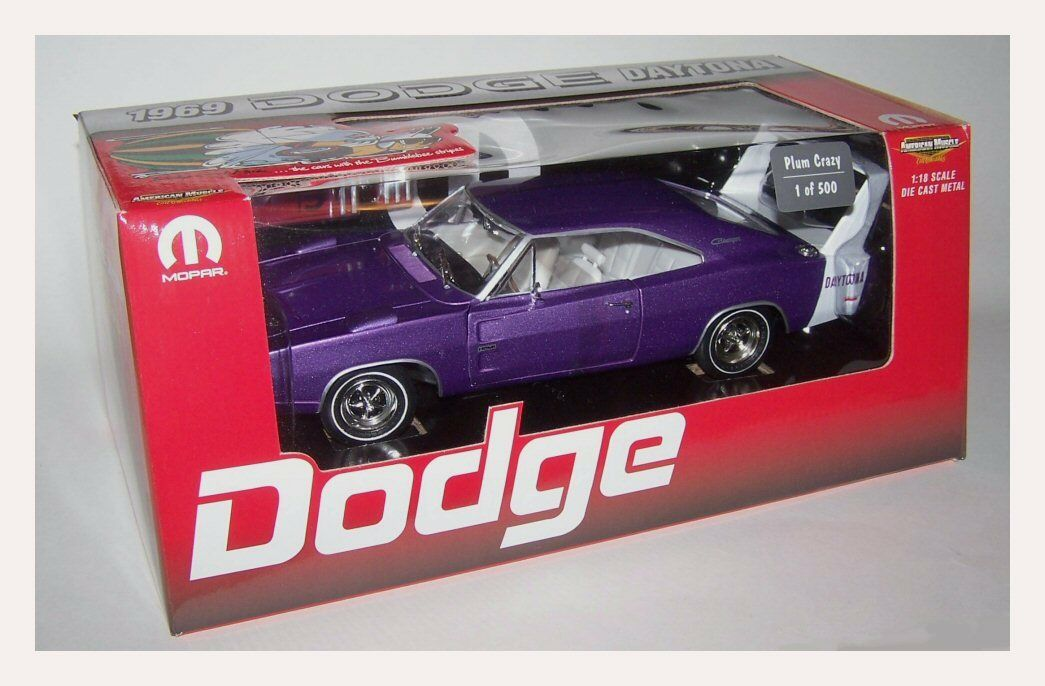 ERTL 1 18 1969 DODGE DAYTONA PLUM CRAZY WITH Weiß WING - 1 OF 500 with tool box