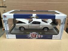 M2 MACHINE 1:24 65 FORD SHELBY MUSTANG GT350R PROTOTYPE WHITE 40300-44A