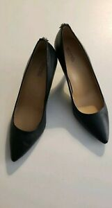 michael kors black leather pumps  size 8 3 inch high heel