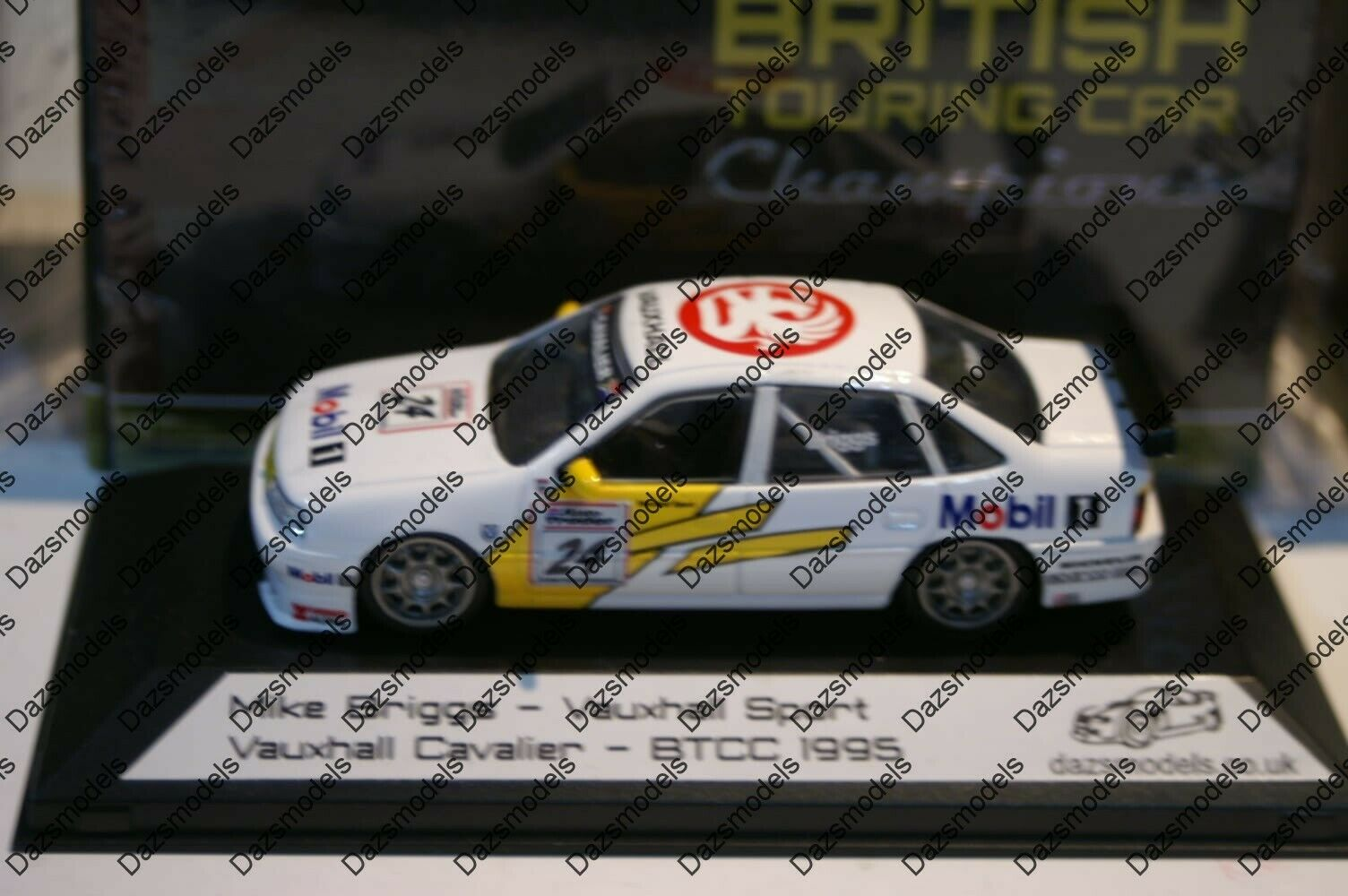 Racing Replicas code 3 Vauxhall Cavalier 1995 BTCC M. Briggs