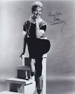 DORIS-DAY-SIGNED-AUTOGRAPHED-8X10-PHOTO-FOR-JOHN
