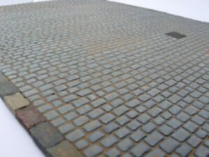 Reality-In-Scale-35169-1-35-Large-Cobblestone-Road-29-5cm-x-22cm