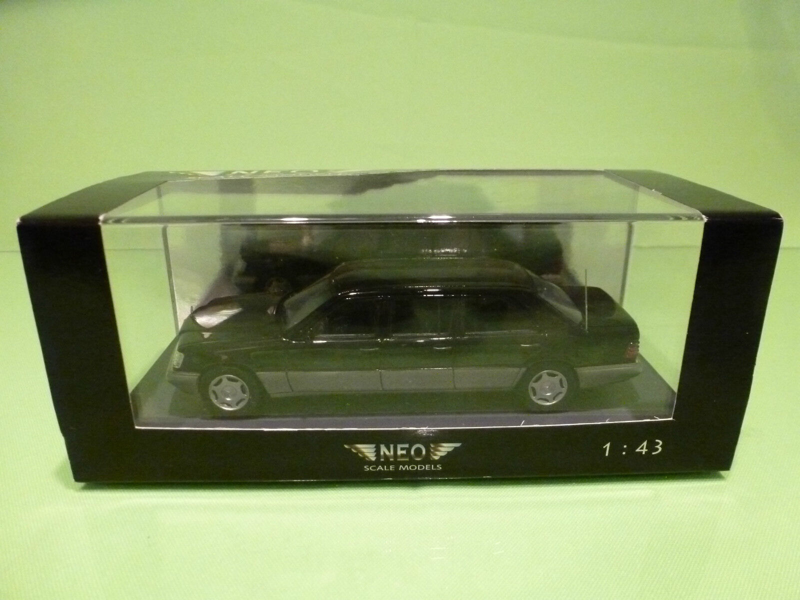 NEO SCALE MODELS 1 43 - MERCEDES V124 LANG  NO= 44245 - GOOD CONDITION IN BOX
