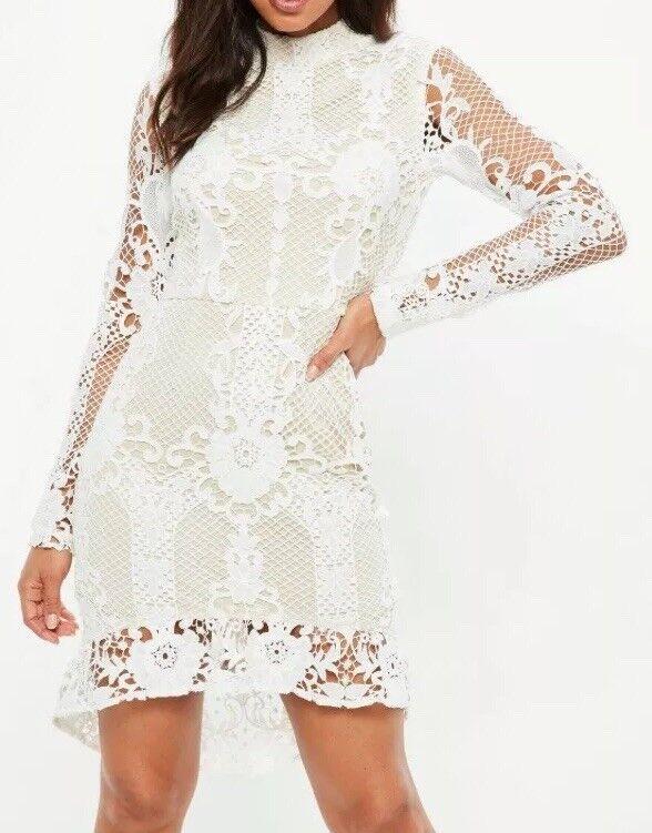 cf2bbe2fbfc B108Missguided nude lace flippy flippy flippy hem flare sleeve bodycon dress  SizeUK10 RRP 3f25a4