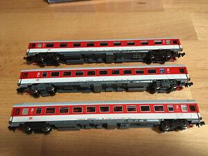 143N Roco N Schürzenwagen 2.Klasse grün DB // 40 200-6 top