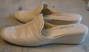 c6580c625efc Vintage Oomphies Made in Spain Bone Leather Wedge Heel Slippers