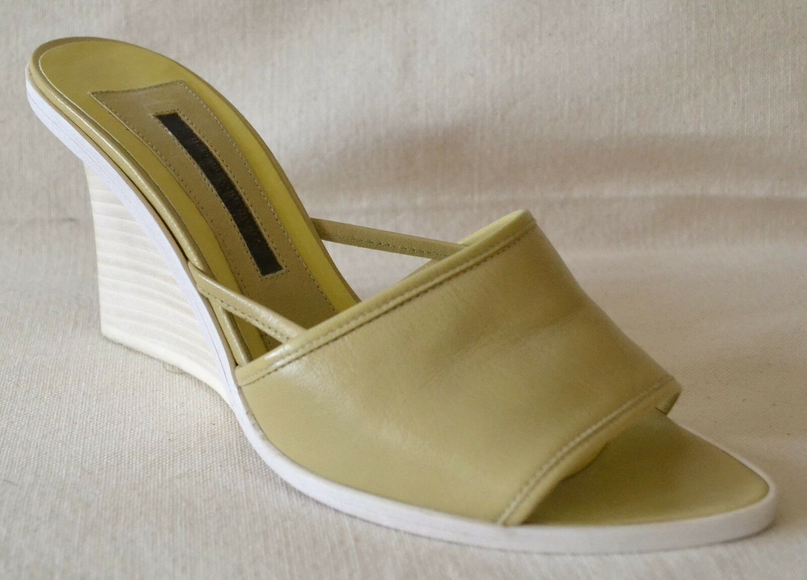 Narciso Rodriguez Beige Leather Wedge Slide shoes Size 36 - US 6