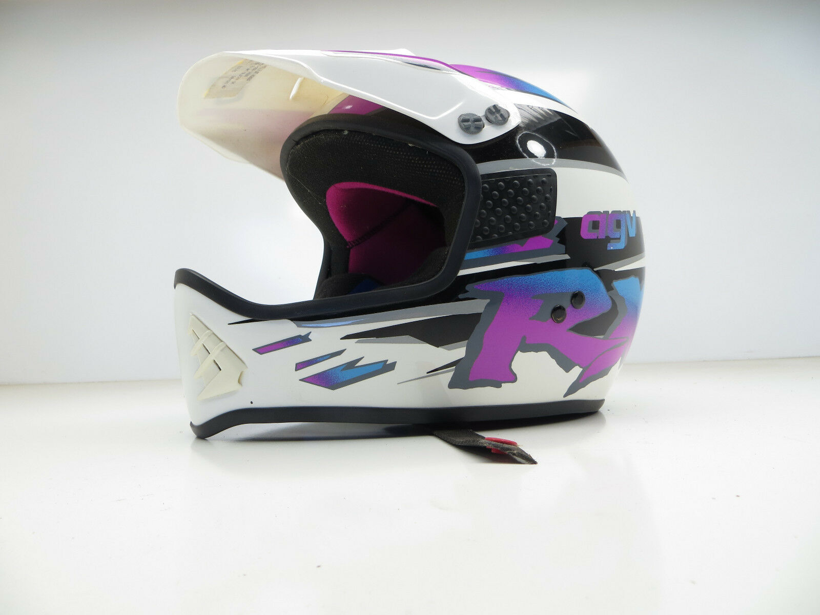 AGV RX Motorcycle helmet Made in italy lightly used (Größe  SMALL)