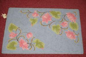 Hand-Hooked-Wool-Rug-1st-Premium-Mn-State-Fair-Minnesota-Flower-Designs