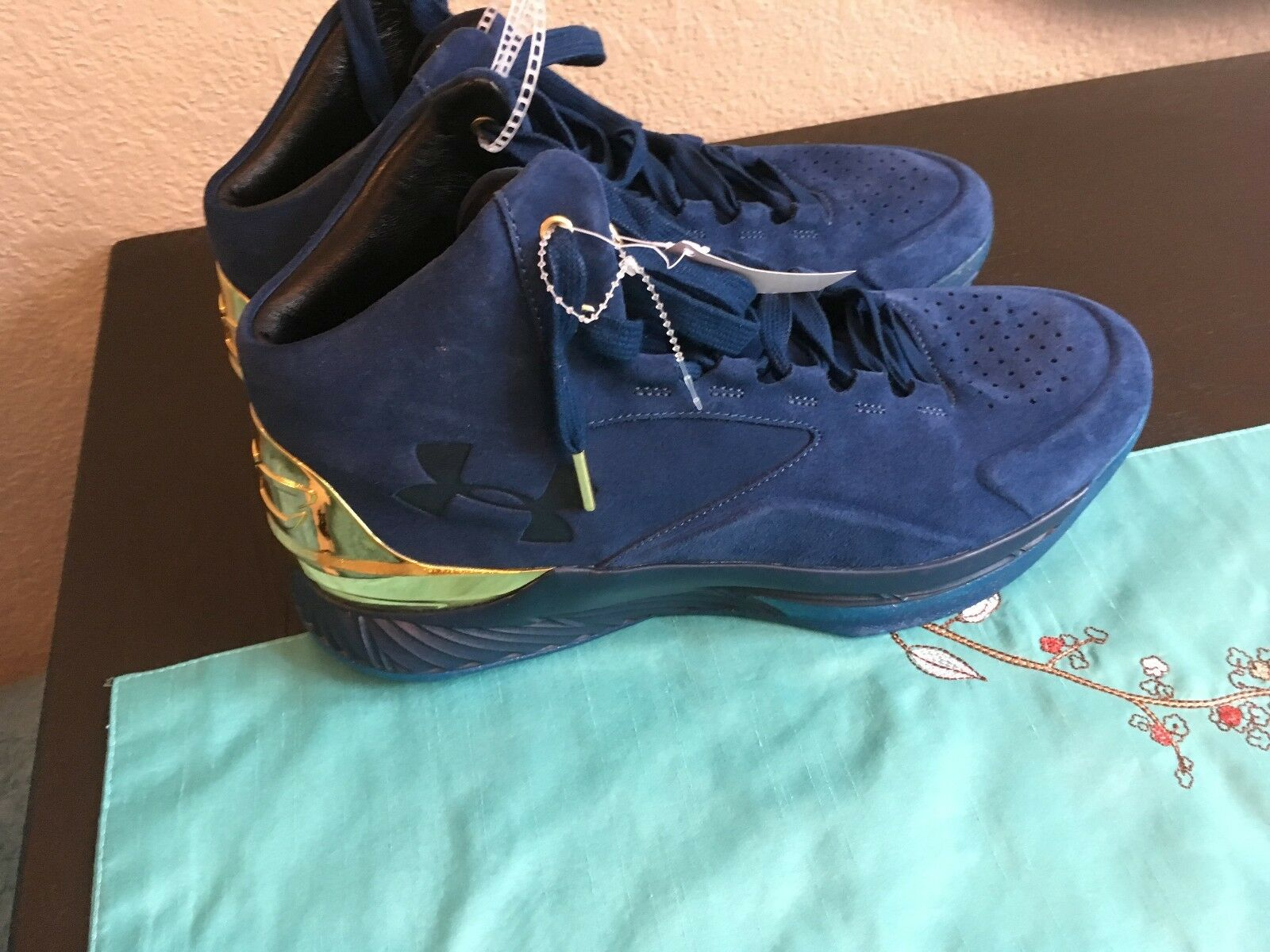 NEW Sz 13 Under Armour CURRY Lux Hightop Basketball Navy Gold Shoes 1296617-997