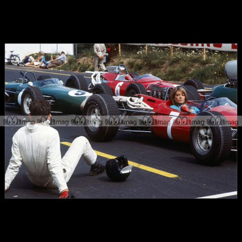 GRAND PRIX 1966 #pha.020479 Photo FRANCOISE HARDY FERRARI 312 F1 RACE CAR