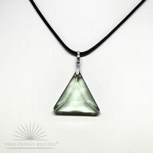 PETITE-Green-Obsidian-Gaia-Stone-Triangle-Pendant-2-0cm-0-8inch-Crystal-Casa