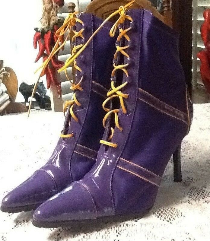 Rouge Helium Women's Purple Pointed Toe Stretch Lace Up Boots Size 8