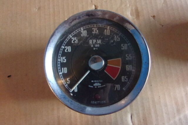 Smiths Jaeger RN 2312/01 Tachometer Tach RPM Untested