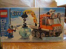 LEGO City 60033 New 113 pcs Artic Ice Crawler Mini Figure Sealed Ice Pick