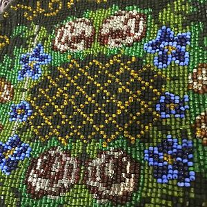 Antique-Clutch-Bag-Glass-Seed-Beaded-Pouch-Cloth-Interior-Black-Green-Floral-7-5