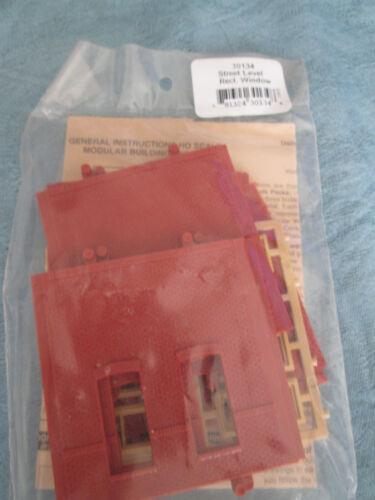 DPM HO #243-30134 Street Level Rectangular Window