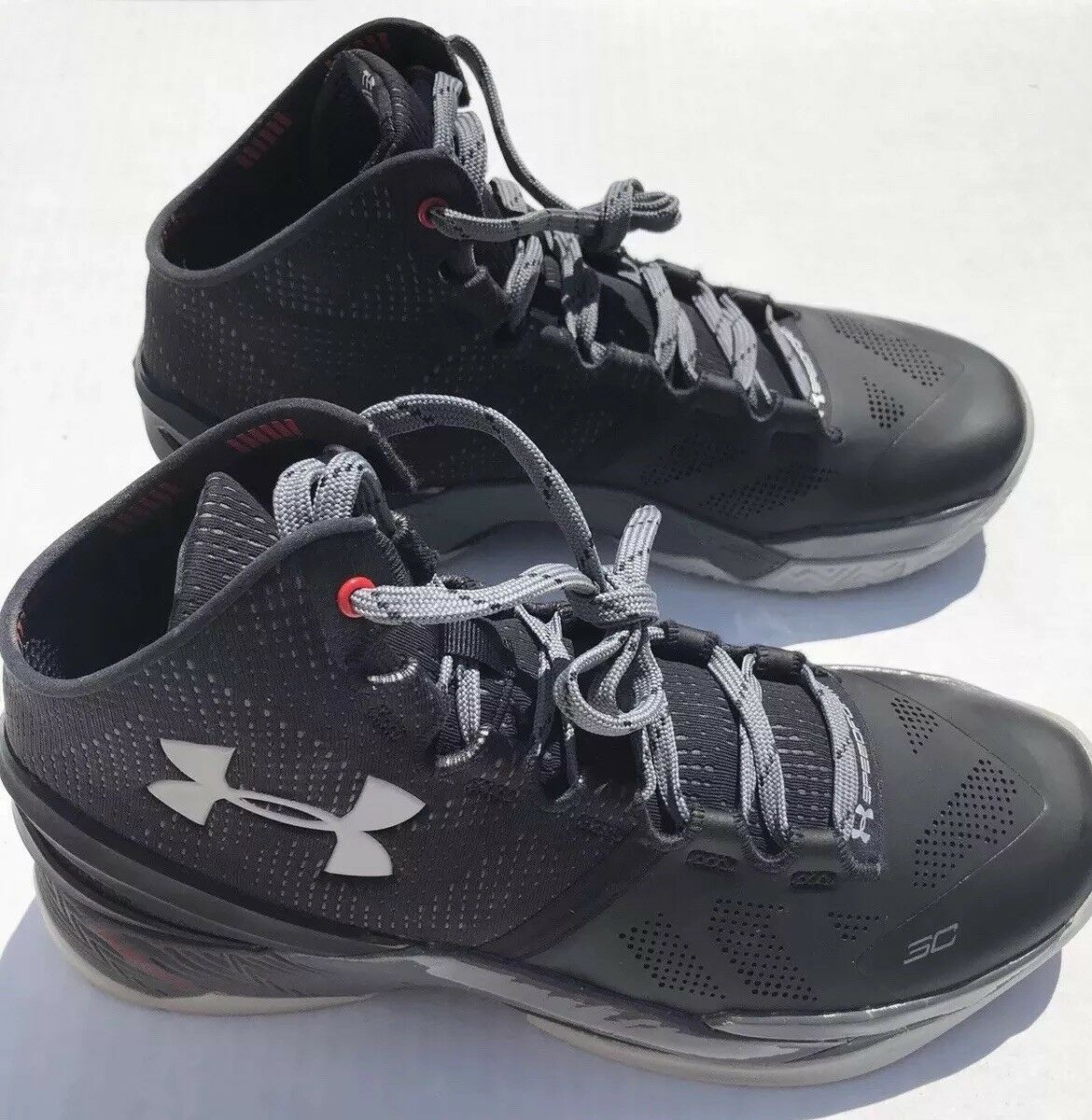 DS Under Armour Curry 2 SC30 Basketball schuhe 1259007-003 Größe 9 BRAND NEW