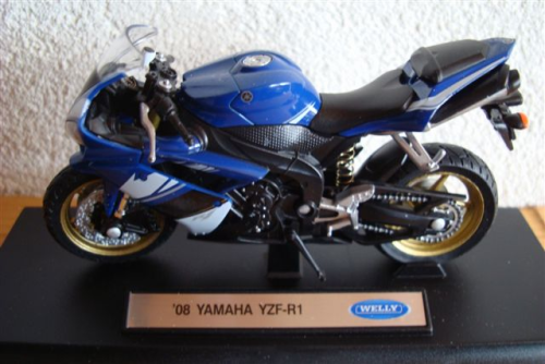 Yamaha YZF R 1 Year 2008 Blue White Welly 1:18