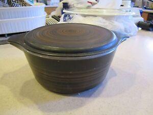 Pyrex Terra 475 B 2 1/2 QT Round Casserole Dish 1965 Vintage  w/lid