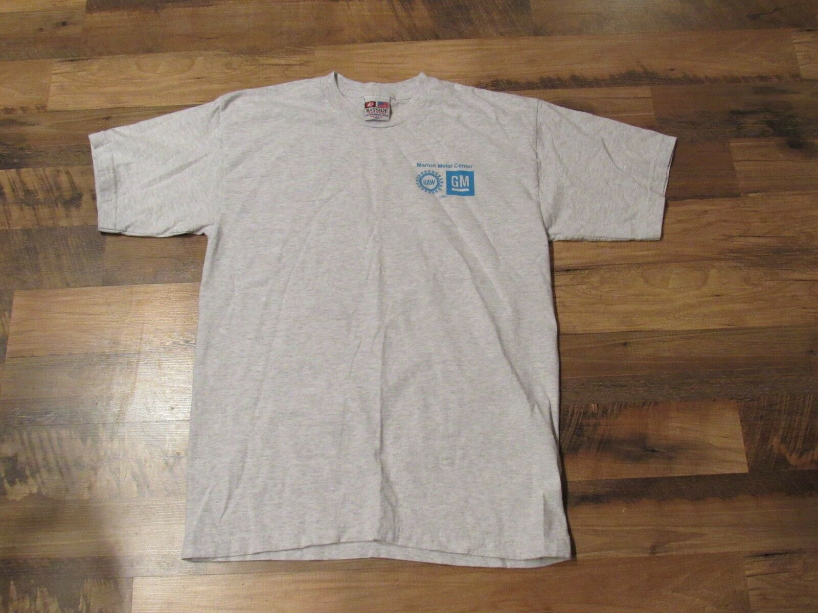 VTG Bayside T Shirt Größe L grau UAW General Motors Marion Metal Center GM Cars