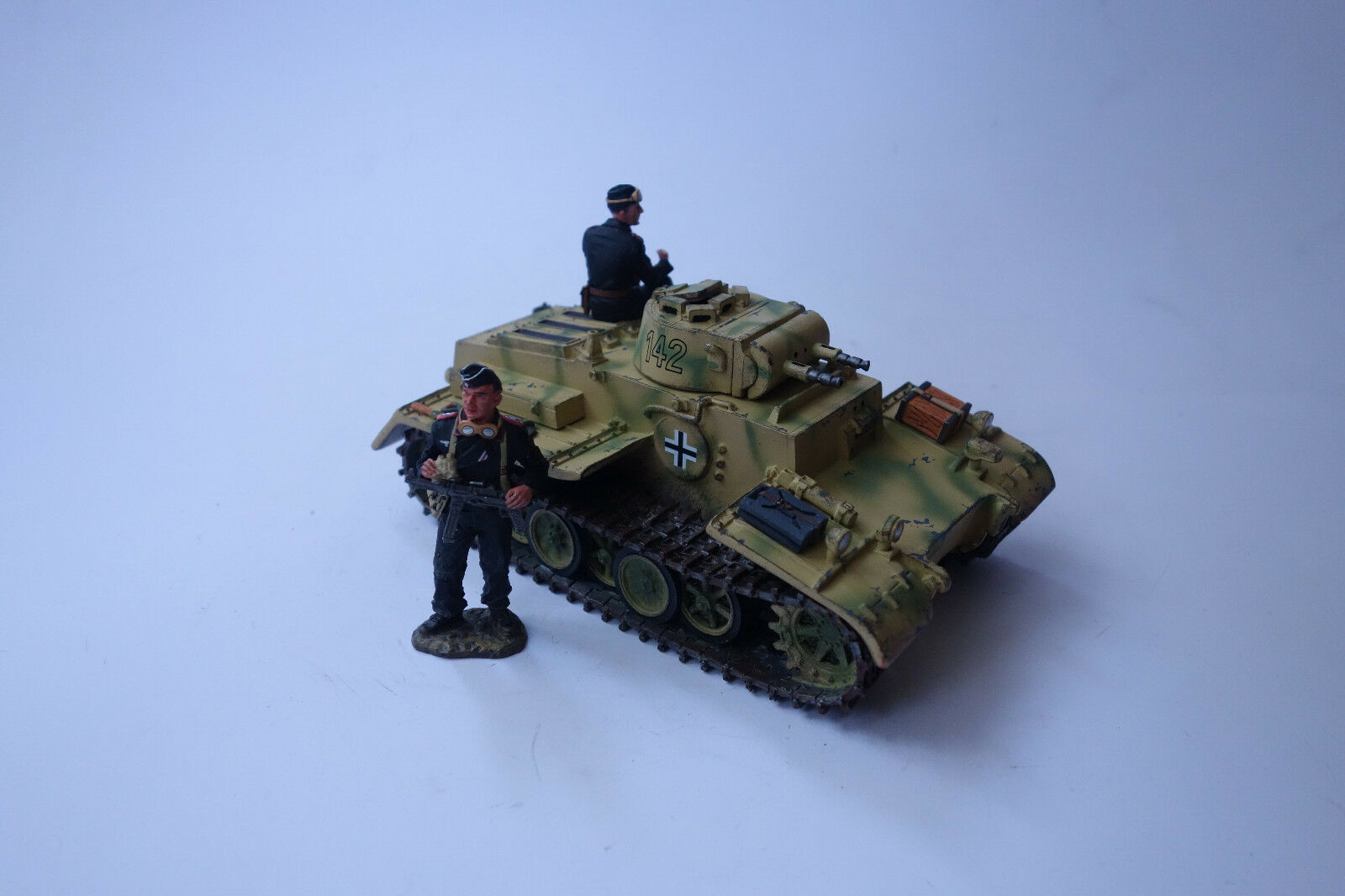 King & COUNTRY WWII German Army WS108 Panzer Kpfw .1 Large Design. F, 1 30 WS108