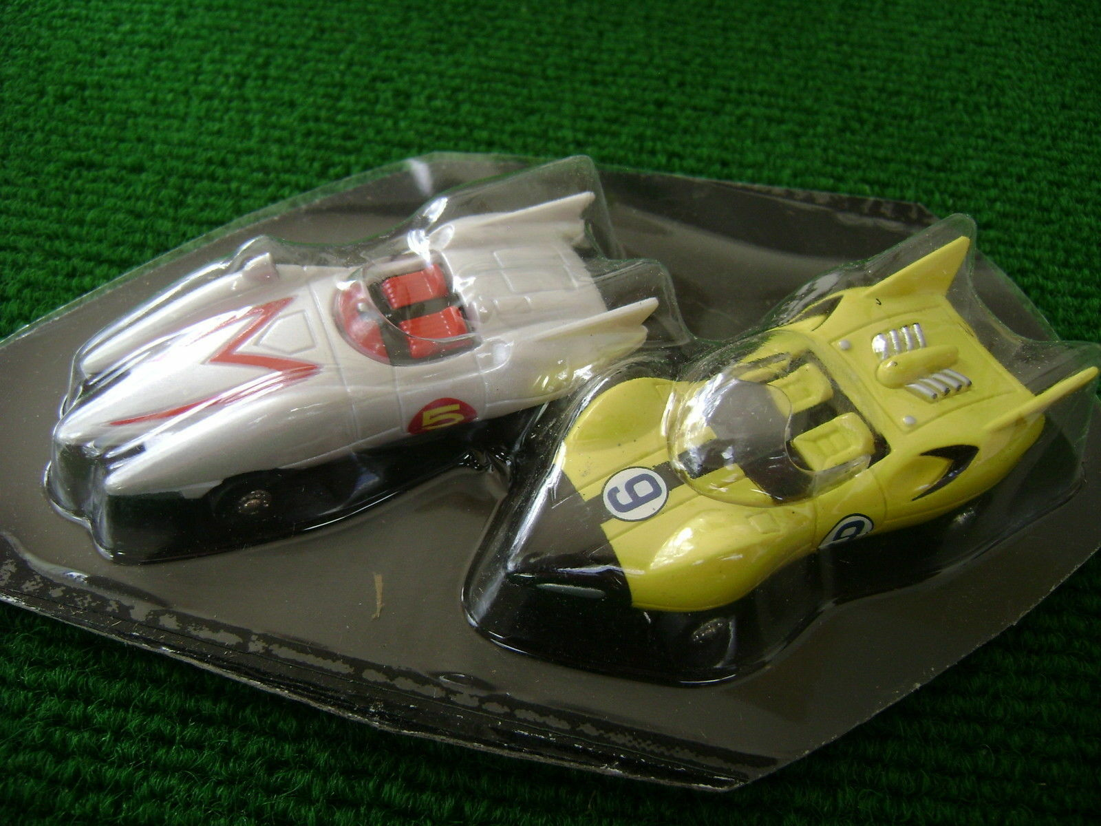 AW deux RARE NEW Auto World Speed Racer Ultra G Set voitures ho slot car Fit Aurora