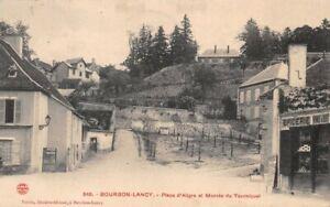 BOURBON-LANCY-Place-d-039-Aligre-et-montee-du-tourniquet