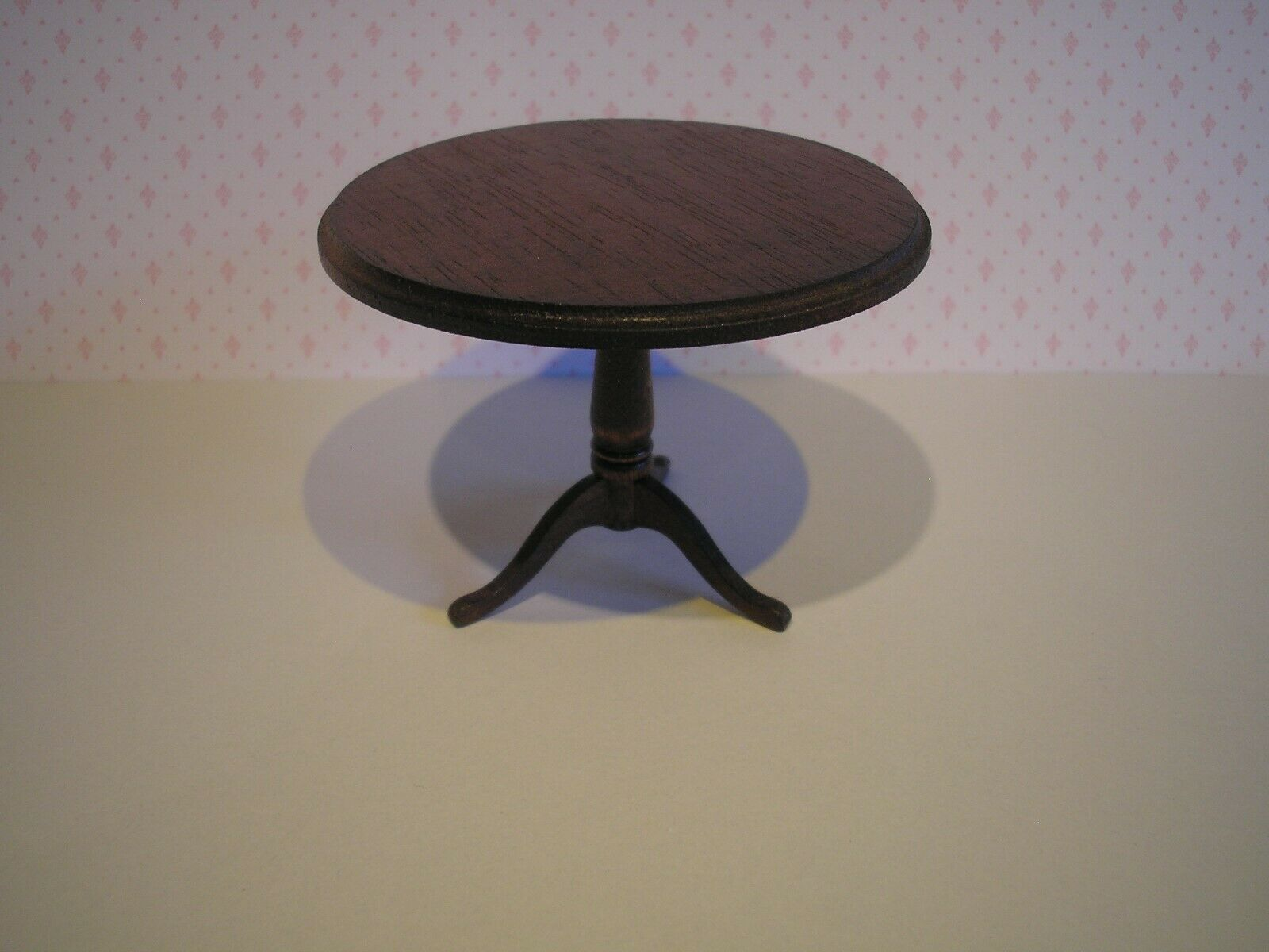 1.12 scale scale scale round table for the Dolls House furniture 9fcb4c