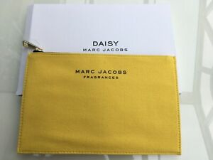 Marc-Jacobs-Fragrances-Make-Up-Bag-New-In-A-Box