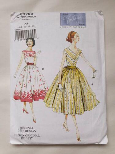 Vogue Sewing Pattern V8789 Misses/'//Misses/' Petite Dress and Cummerbund