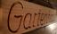 Gartenhaus-massives-Holzschild-Douglasie-58cm-breit-mit-eingefraester-Gravur Indexbild 3