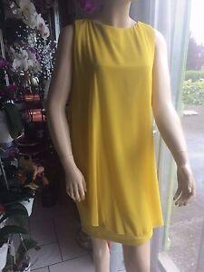 Robe Rinascimento jaune taille M neuve