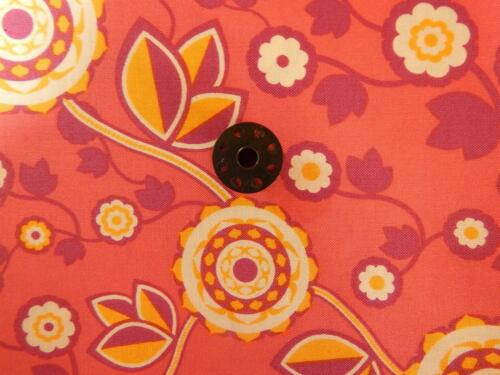 100/% COTTON 42//44 WIDE PINK QUILT//CRAFT BTY FREE SHIPP ARTIES PLACE