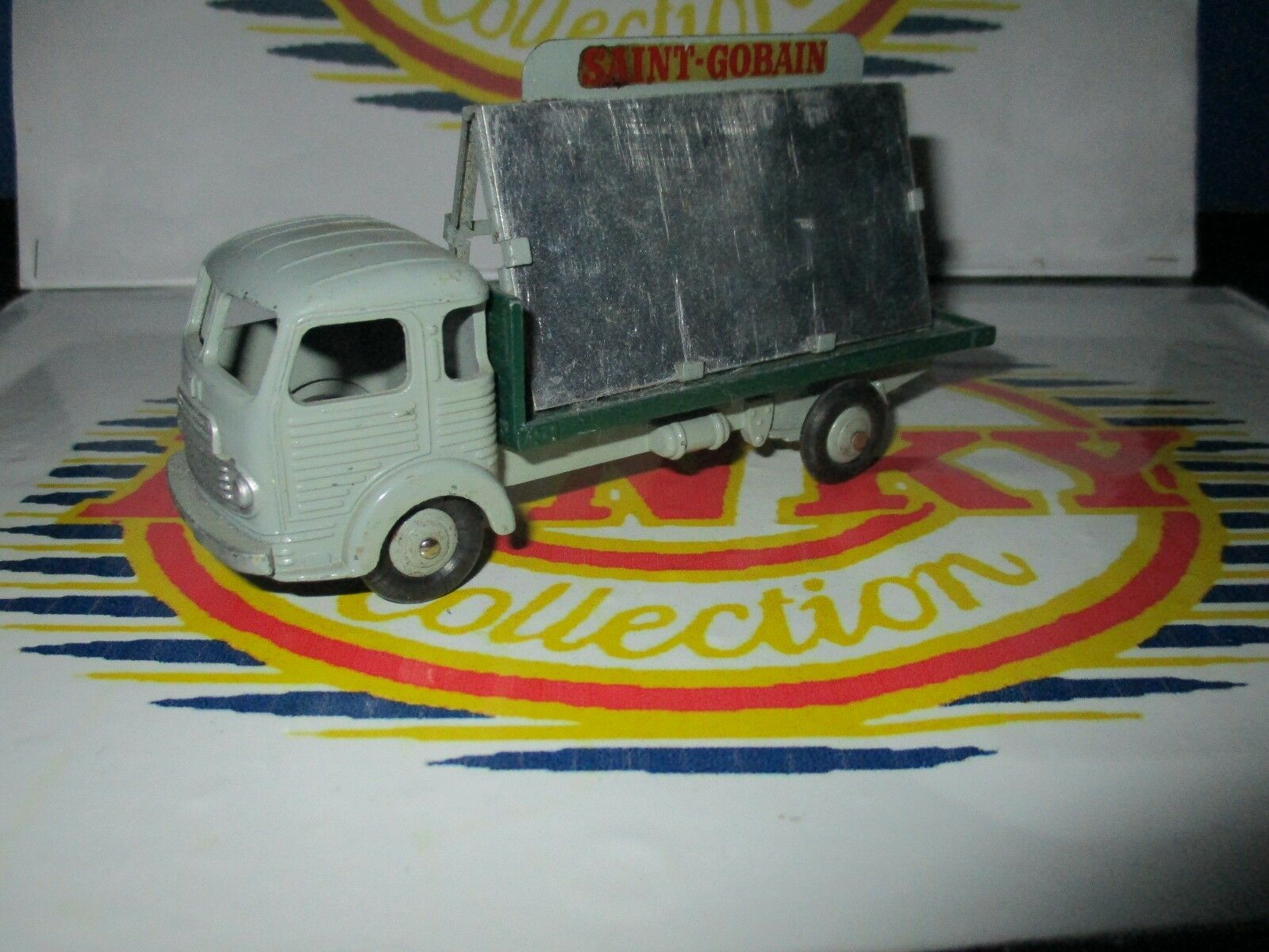 DINKY TOYS SIMCA CARGO MIROITIER  RÉF 33 MAD IN FRANCE