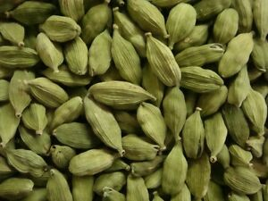 Green-Cardamom-Pods-Whole-50gms