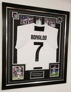 size 40 4d731 cf870 Details about ** RARE Cristiano Ronaldo of Juventus Juve Signed Shirt  Autographed Jersey**