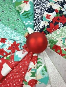 AURORA-Kate-Spain-Christmas-Fabric-Bundle-Moda-Fabrics-16-fat-quarters-4-yards