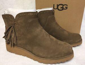 1dc541cb618 Details about Ugg Australia Cindy Dark Chestnut Womens Leather Ankle Boots  Fringe 1019063