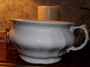 Vintage-Johnson-Brothers-England-Royal-white-Ironstone-China-Chamber-Pot-cute