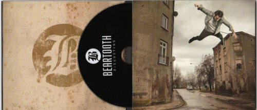 BEARTOOTH Disgusting Ltd Ed RARE Signed By All 5 Members CD Digipak /& Stickers!