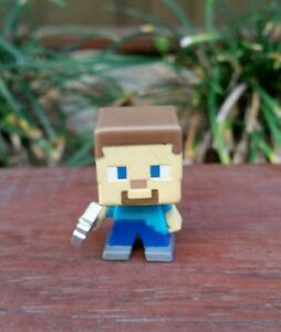 Minecraft-Mini-Series-Mini-Steve-with-Axe-Figure-New-Without-Tag-or-Box