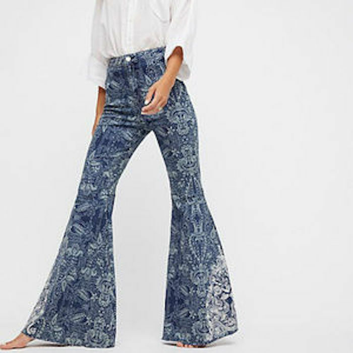 FREE PEOPLE Float On Printed Embroidered Flared bluee Jeans Sz 26 NWT OB670365