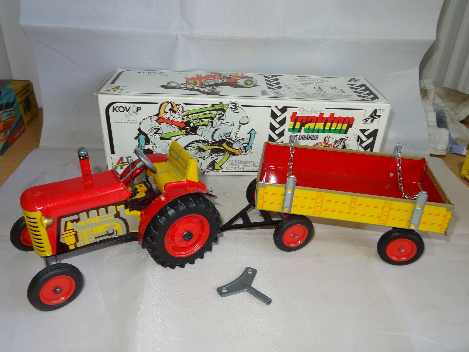 KOVAP Tracteur & remorque-Comme neuf BOXED