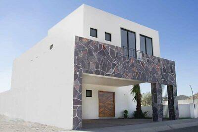 Casa en Venta al Norte con Terraza Ventura Residencial