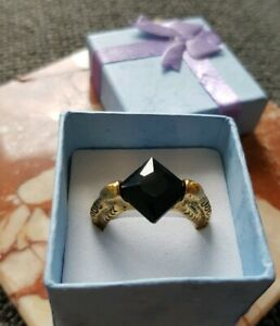Harry-Potter-Lord-Voldemort-039-s-Horcrux-RING-Dumbledore-Symbol-ring-In-schwarz