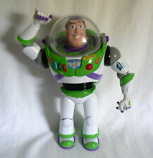 TOY STORY BUZZ LIGHTYEAR TALKING LIGHT UP POP-OUT WING TIPS KARATE ACTION ARM